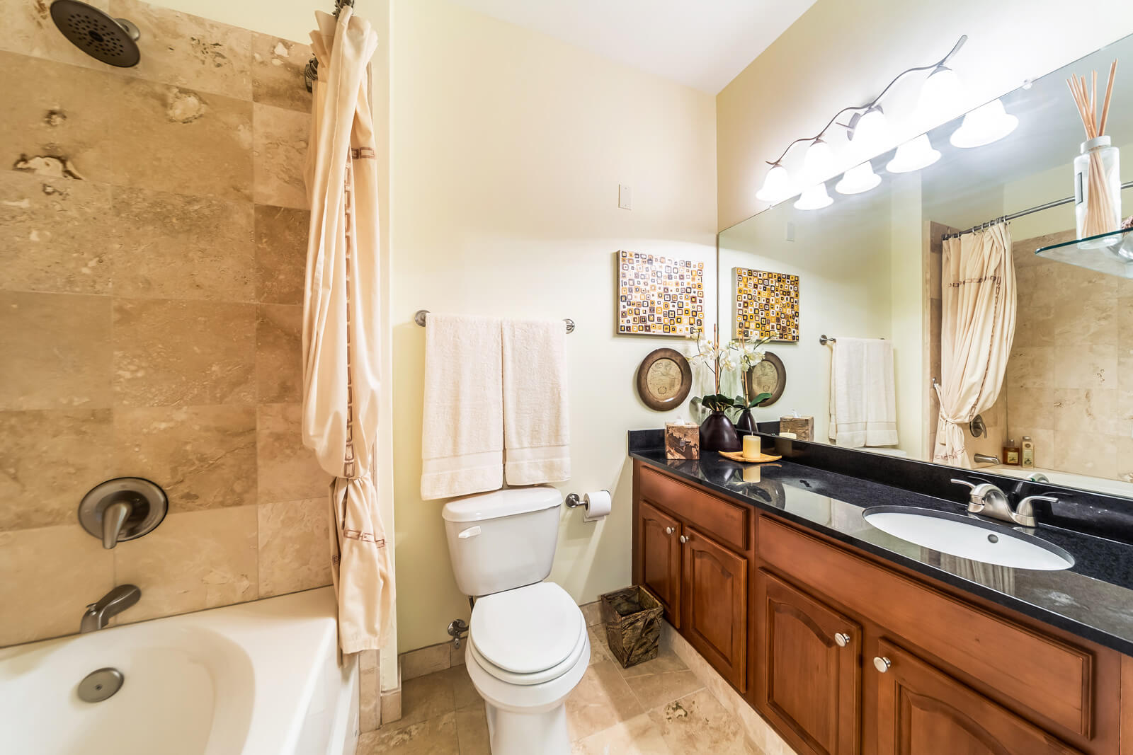 The Regent Bathroom